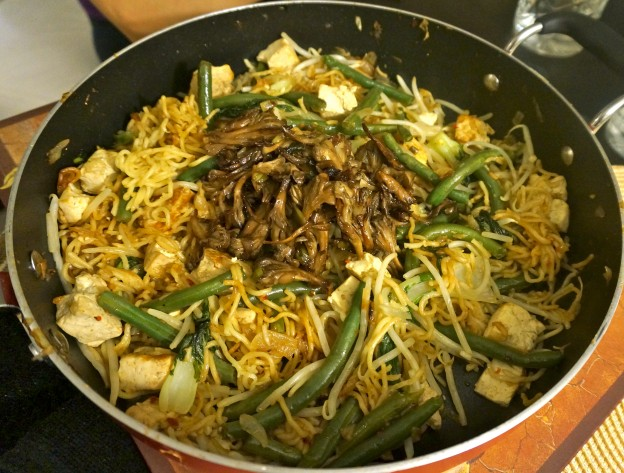 Mee goreng with bbqed maitake