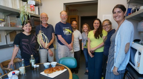 Challah time in the Bruns lab!